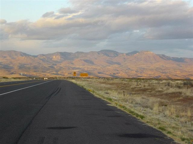 Looking into_New_Mexico